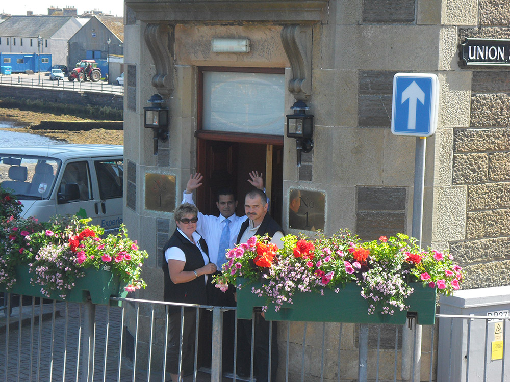 24  The Mackays Hotel at Ebenezer Place in Wick.JPG